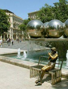 جاهای دیدنی میدان فانتین در باکو