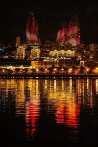 برج شعله از جاهای دیدنی باکو