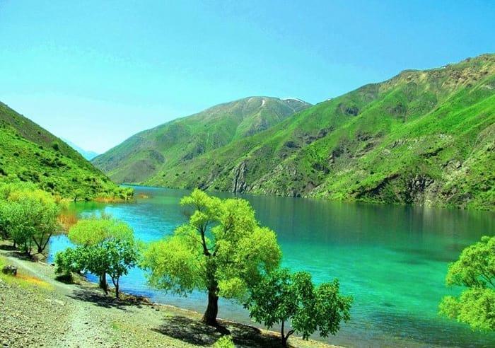 موقعین مکانی دریاچه گهر