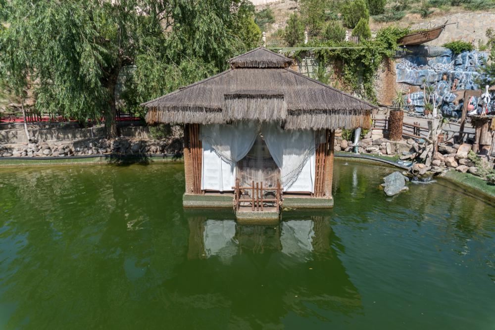 سفر به نخجوان در کنار دریاچه باتابات