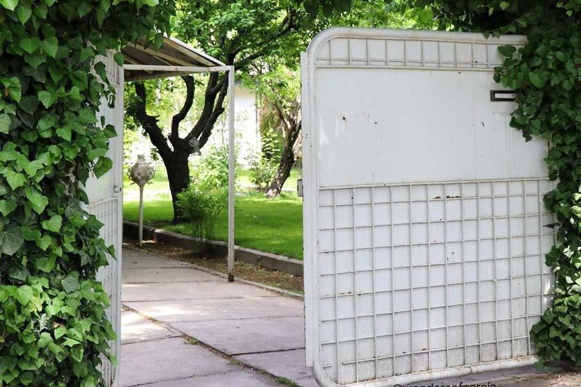 خانه احمد شاملو در دهکده فردیس