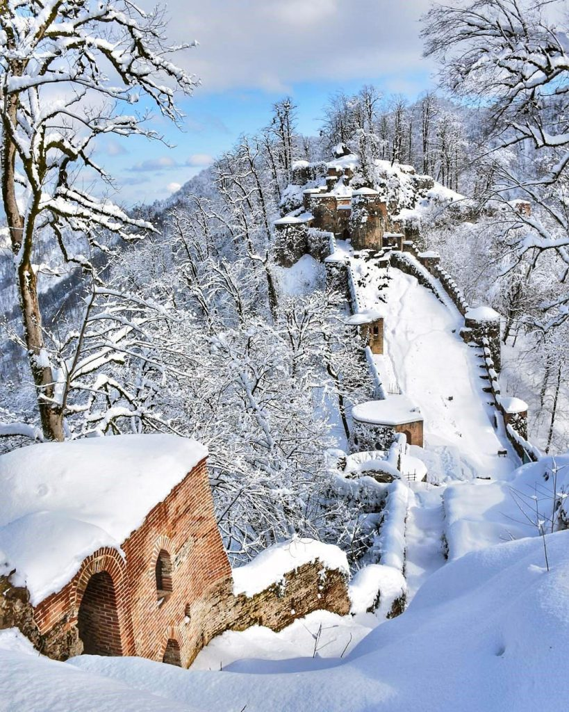 زمستان قلعه رودخان