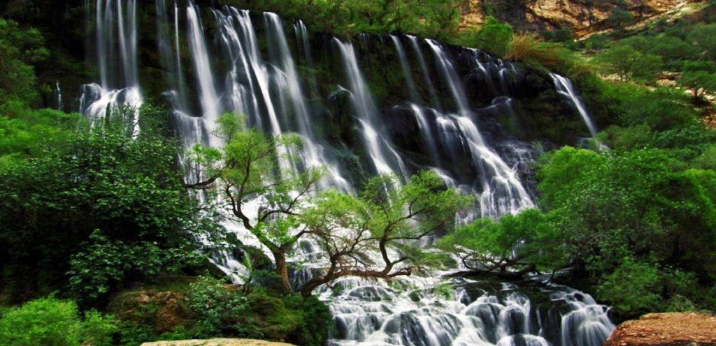 آبشار شوی از جاهای دیدنی دزفول